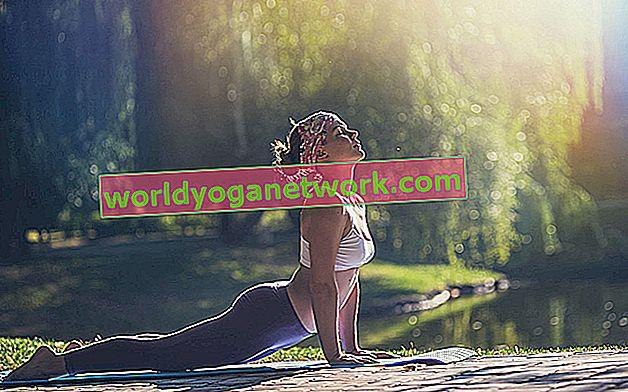 4 modelli posturali comuni che causano lesioni da yoga