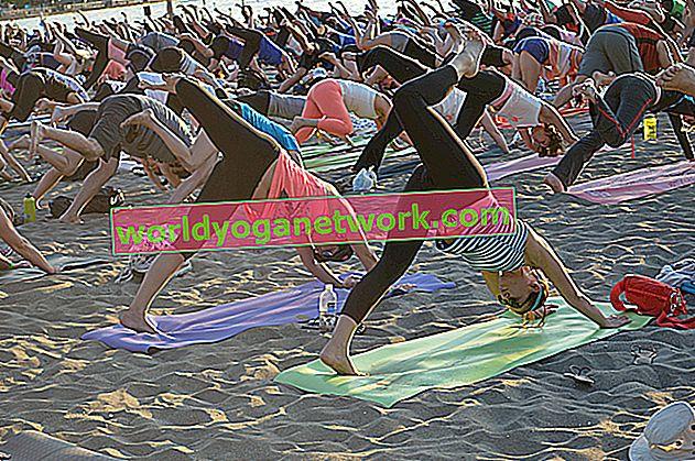La tua playlist di yoga del venerdì sera per passare alla modalità weekend