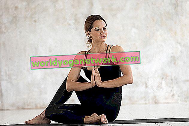 3 sätt att förbereda sig för Ardha Matsyendrasana