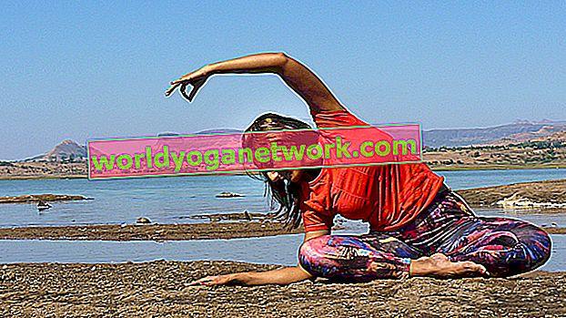 Začněte cvičit Satya (Pravda) na a na podložce