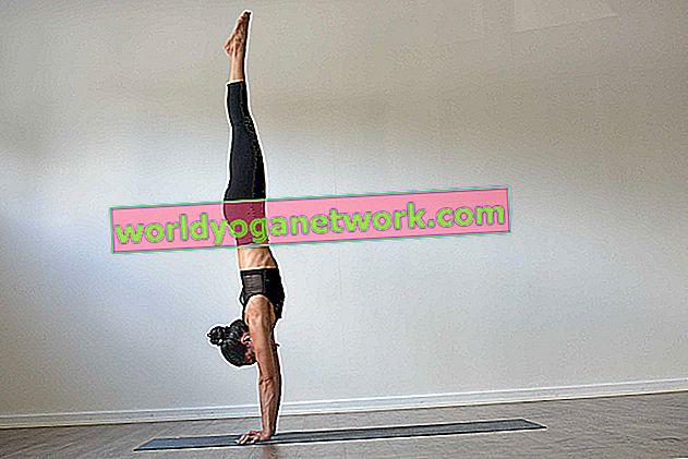 Herausforderungspose: Handstand (Adho Mukha Vrksasana)